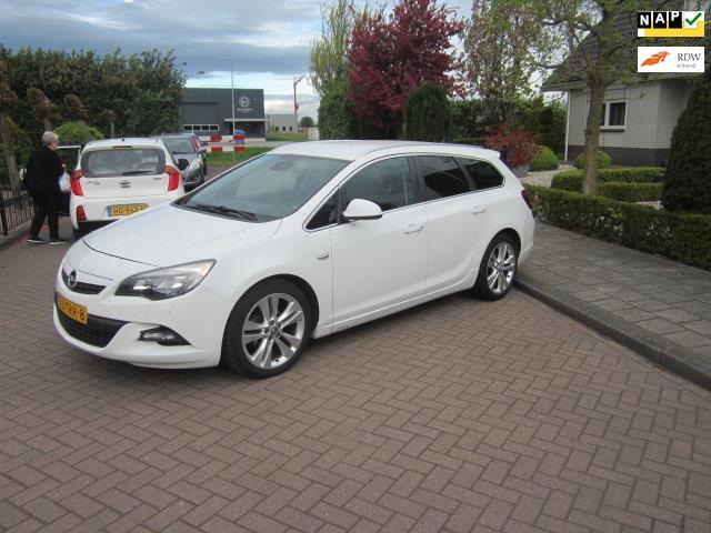 Opel Astra Sports Tourer occasion - Garage H. Aarden