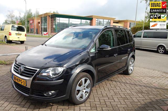 Volkswagen Touran 1.4 TSI Cross Autom. 103 kW Revisiemotor 0 km./Trekhaak/Navi