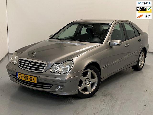 Mercedes-Benz C-klasse 200 K. / Youngtimer / Facelift / Navi
