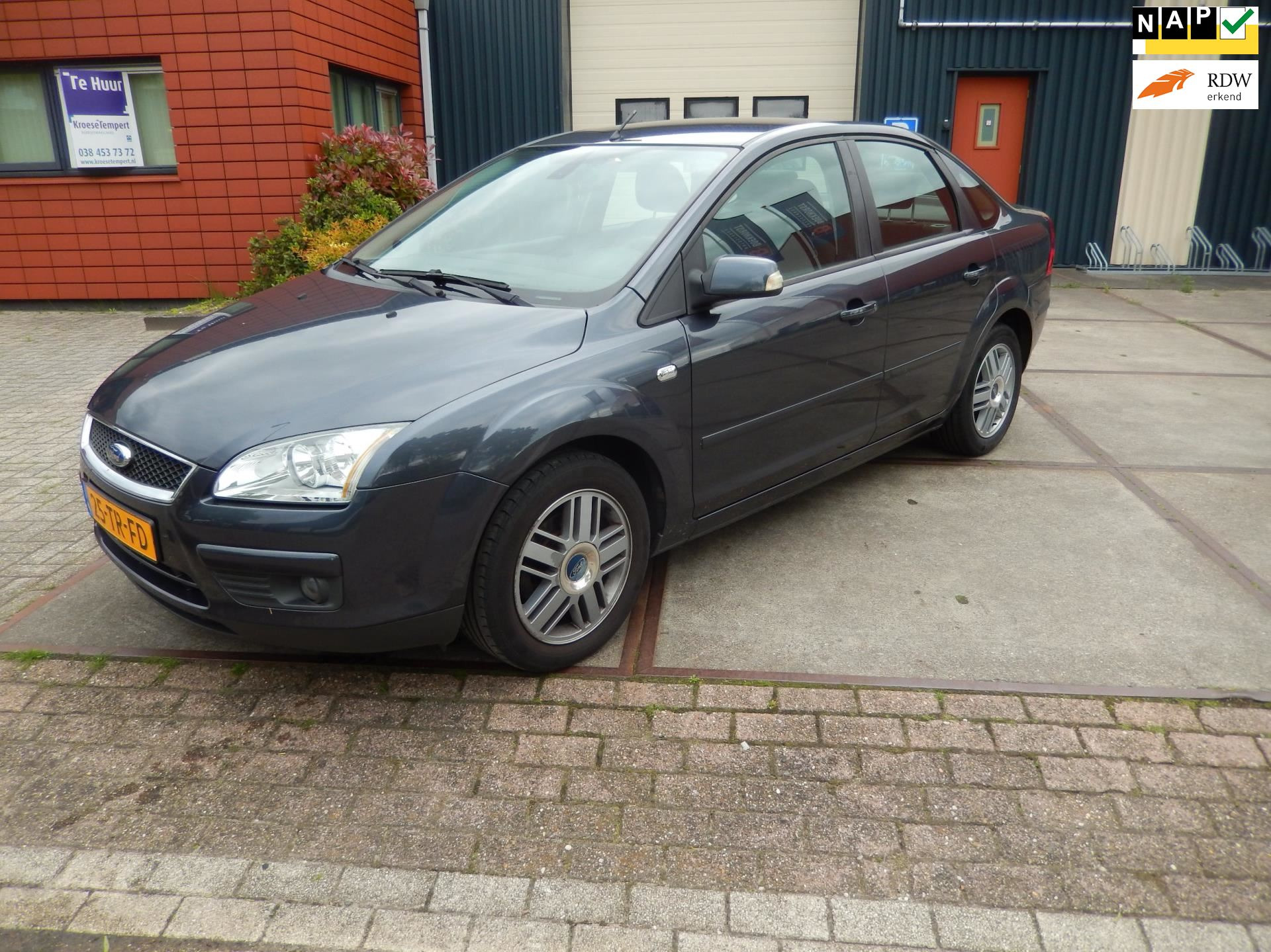 Ford Focus occasion - Auto Discount Zwolle