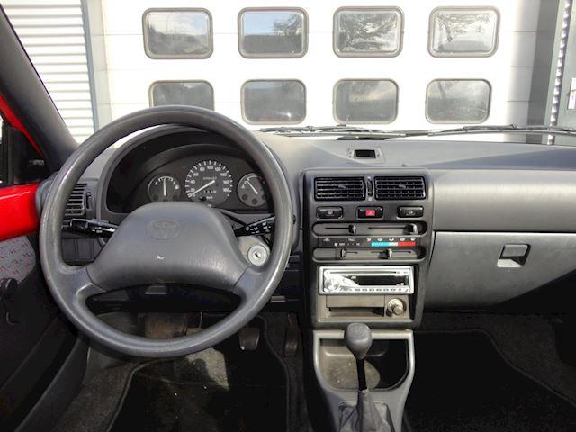 Toyota Starlet 1.3i ! STUURBEKR. !  VERKOCHT