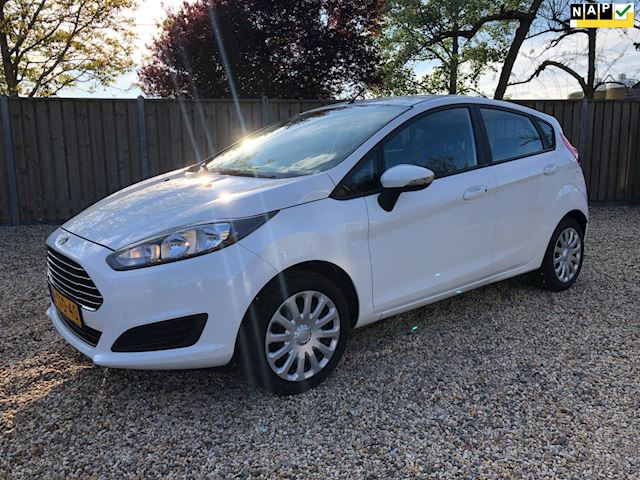 Ford Fiesta 1.0 Style   NAVIGATIE  & Airco