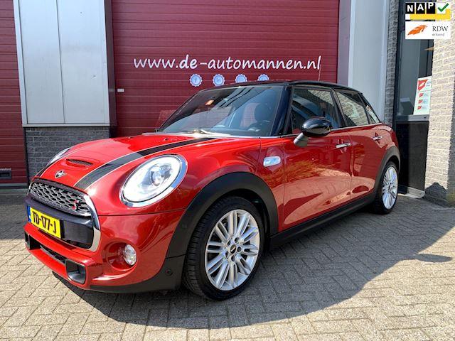 Mini Mini occasion - De Automannen Bouwman & Magito B.V.