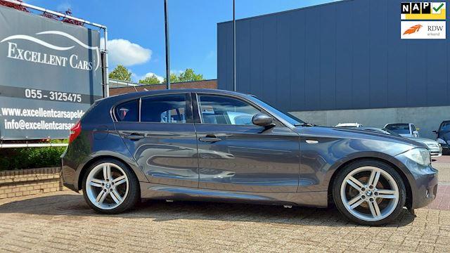 BMW 1-serie 118i M-Pakket M-Stuur M-Sportvelgen Navigatie