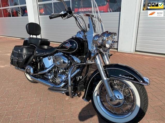 Harley Davidson Chopper 96FLSTCHeritageClassic-ScreaminEagle