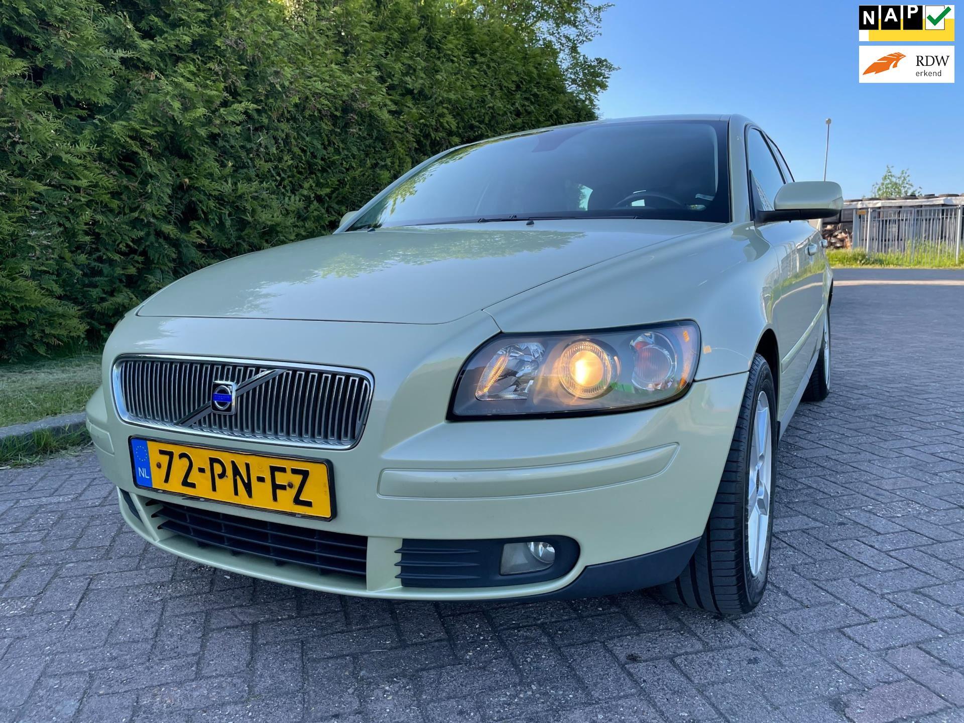 Volvo V50 occasion - Goldenstone Cars