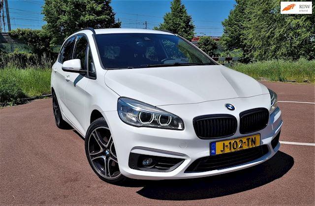 Afbeelding van de BMW2serieActiveTourer220iHighExecutiveShadowLineMPakket