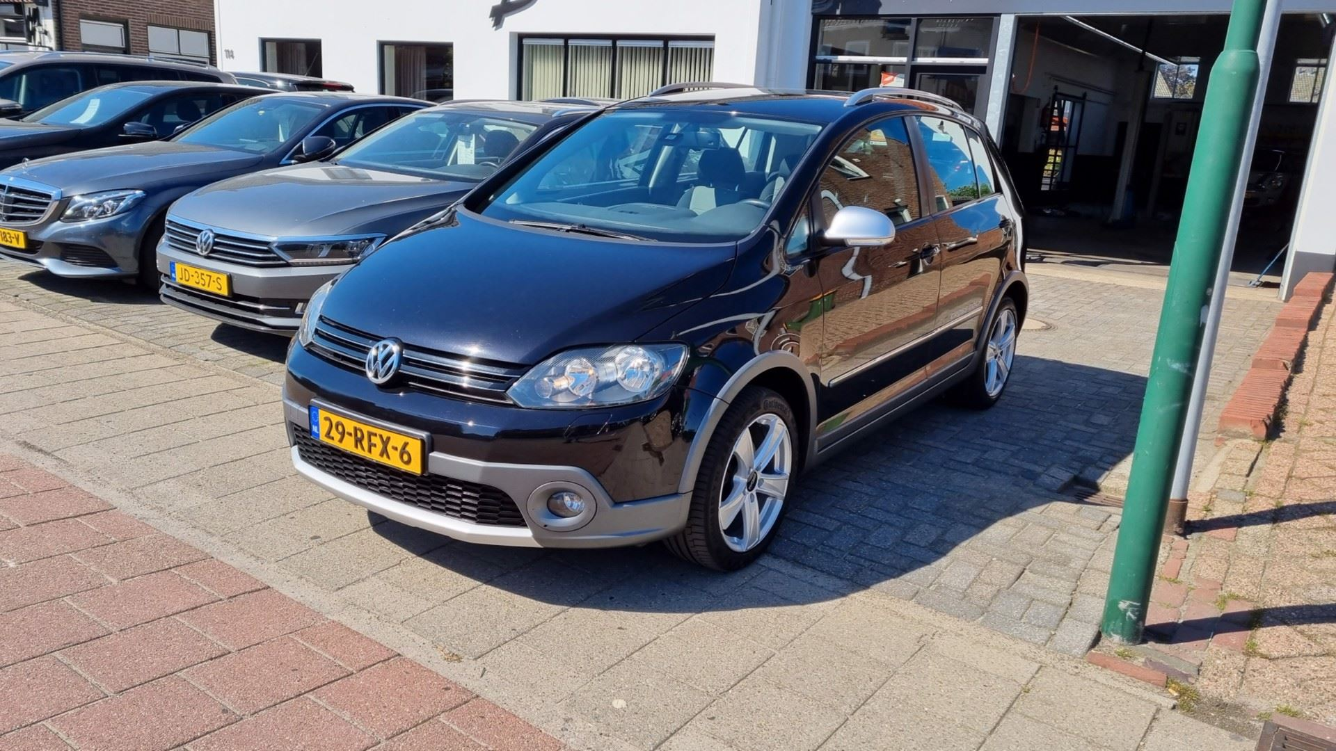 Volkswagen Golf occasion - Autobedrijf van Burken