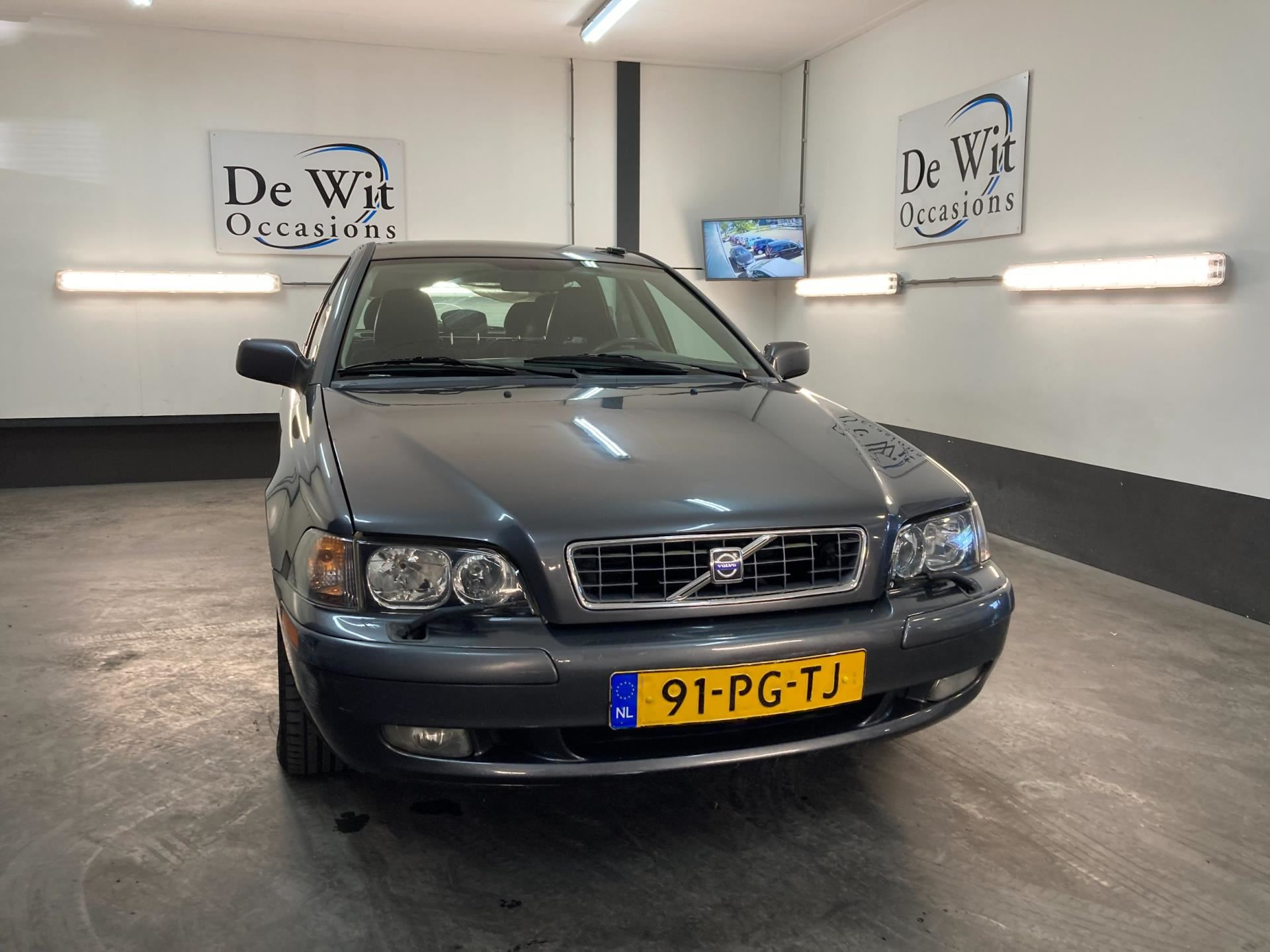 Volvo V40 occasion - De Wit Occasions