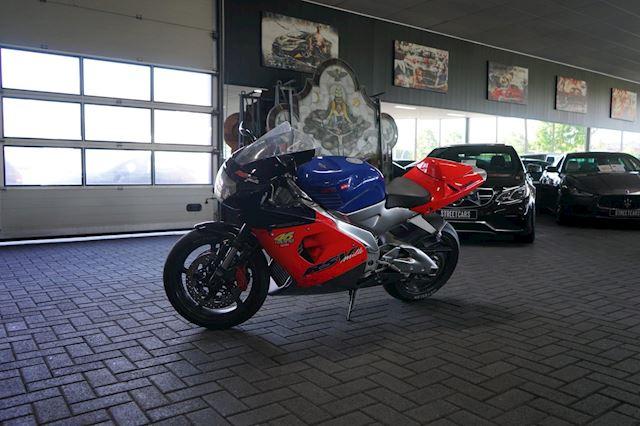 Aprilia Sport RSV 1000