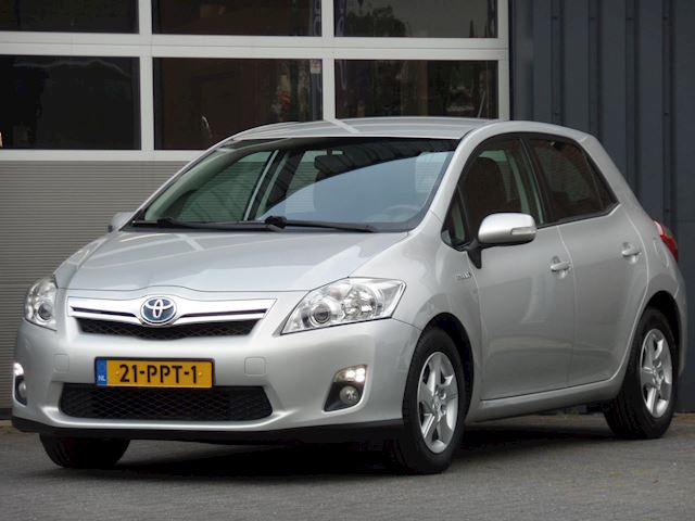 Toyota Auris 1.8 Full Hybrid Aspiration Navigatie, PDC, Trekhaak, Climate control, NL Auto, Goed onderhouden