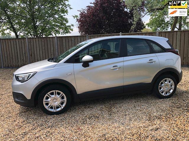 Opel Crossland X 1.2 Turbo Edition  Navigatie ( Appel carplay )