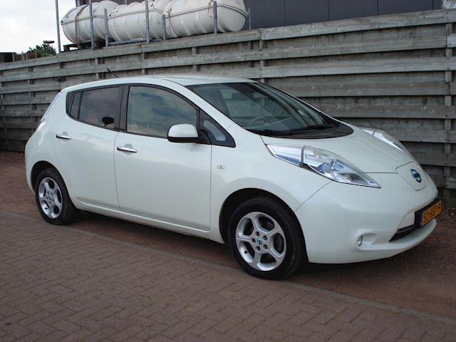 Nissan LEAF Base 24 kWh Navigatie+Camera