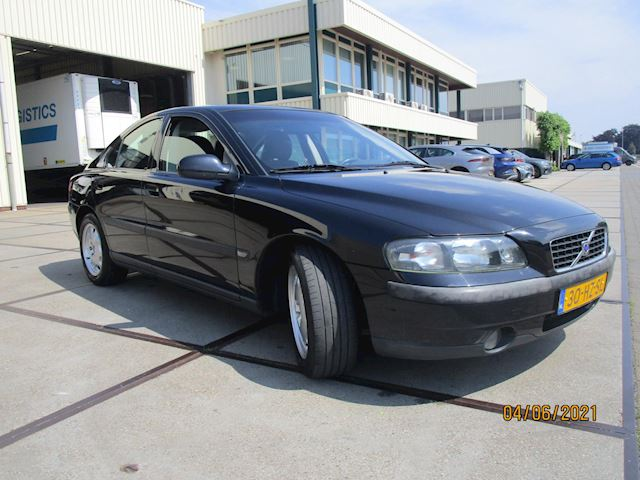 Volvo S60 2.4 perfecte staat youngtimer
