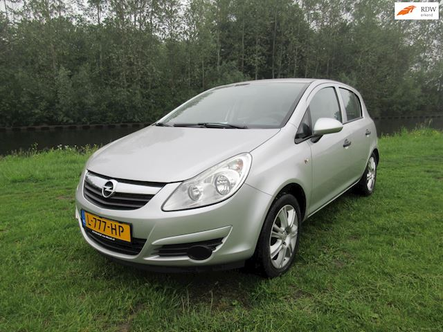 Opel Corsa 1.2-16V Edition airco 5drs