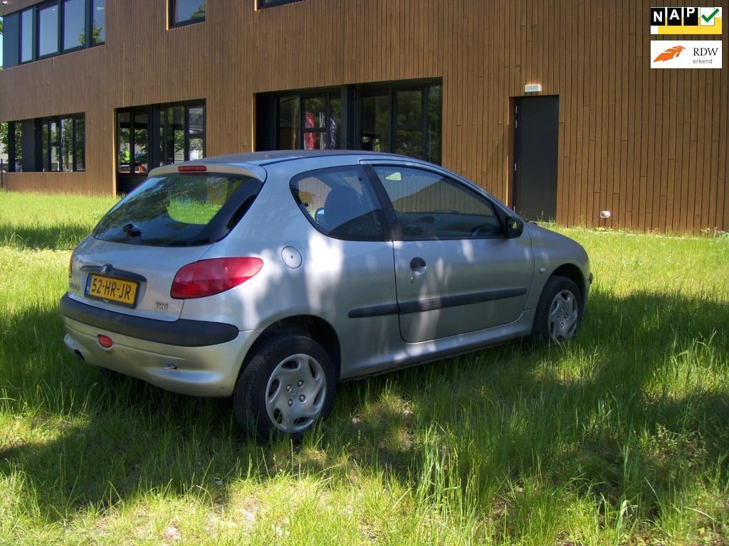 Peugeot 206 occasion - Garagebedrijf Creemers
