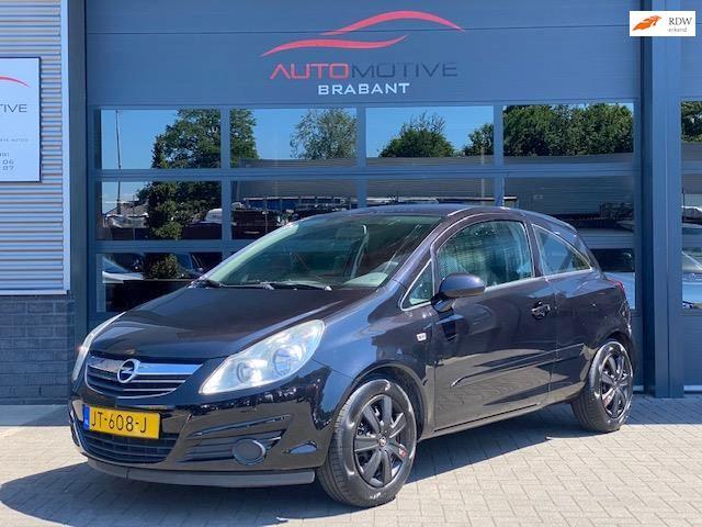 Opel Corsa 1.0-12V Essentia Airco, Cruise ctrl, APK