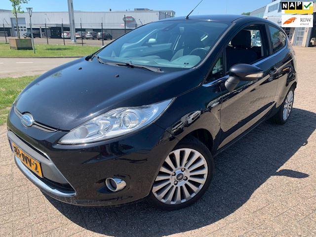 Ford Fiesta 1.4 Titanium / clima pdc full options