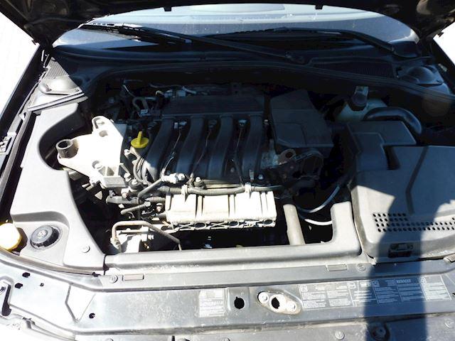 Renault Laguna Grand Tour 1.8-16V/bj2004/clima/navigatie/apk/nap