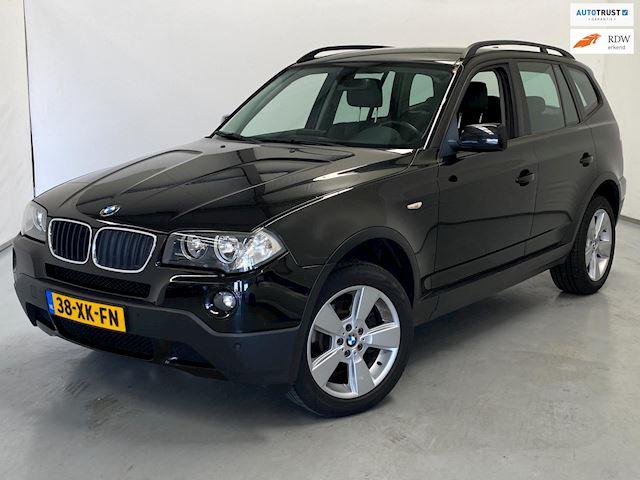 BMW X3 2.0i Executive Anniversary / Leder / Navi / NL Auto
