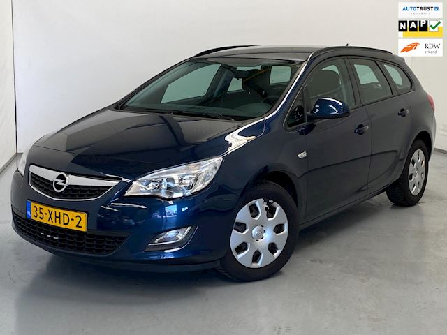 Opel Astra Sports Tourer 1.4 / Navi / Airco / NL auto