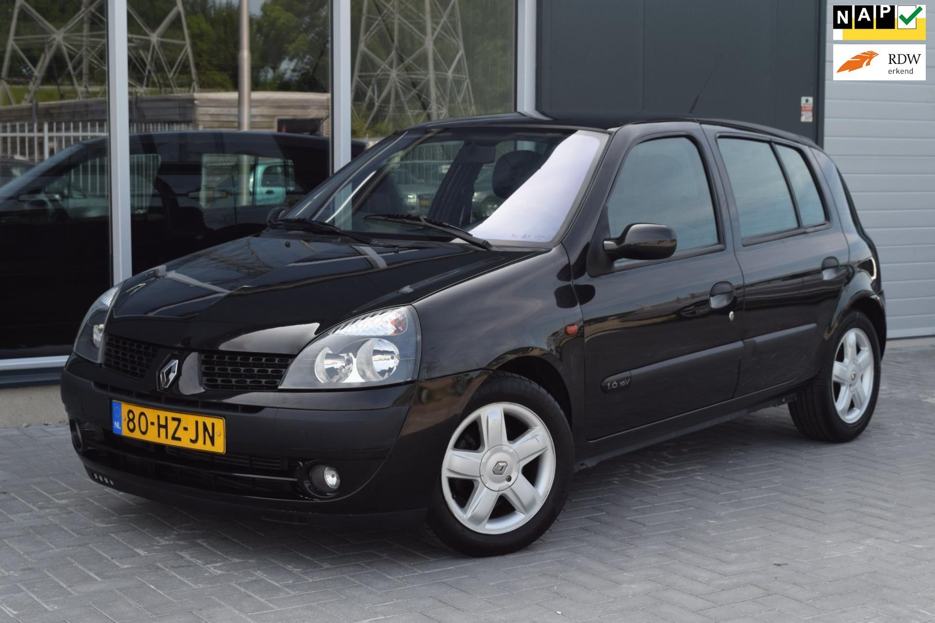 Renault Clio occasion - Autobedrijf Bak