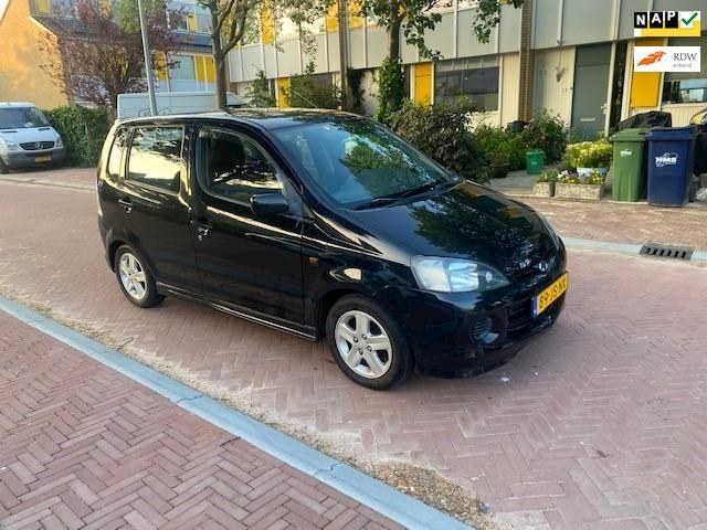 Daihatsu Young RV AUTOMAAT / Airco / 102.000 NAP / Zeer mooie en nette auto