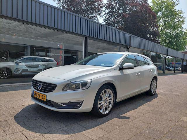 Volvo V60 2.4 D6 AWD Plug-In Hybrid Summum Goed oh/Navi/Clima/Xenon/Dak/Camera/Nieuwe airco pomp/Stoelverwarming/17 inch/Telefoon