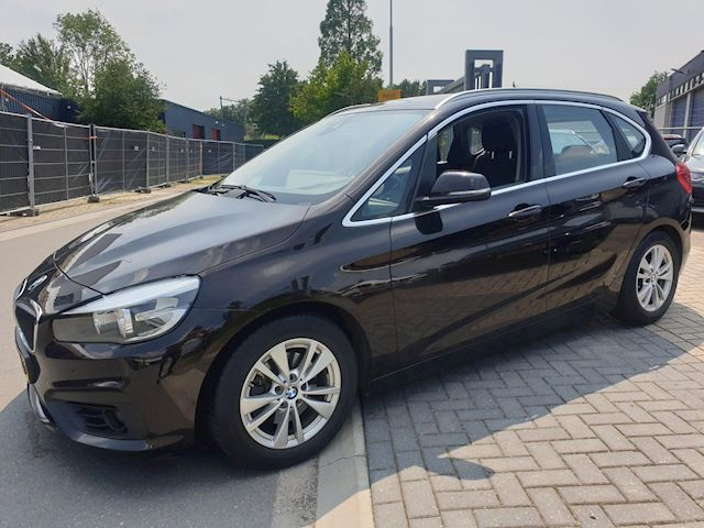 BMW 2-serie Active Tourer 218d Corporate Lease Essential Navi Clima Nieuwstaat