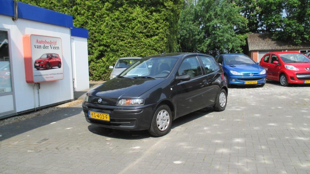 Fiat Punto occasion - Autobedrijf van der Veen v.o.f.