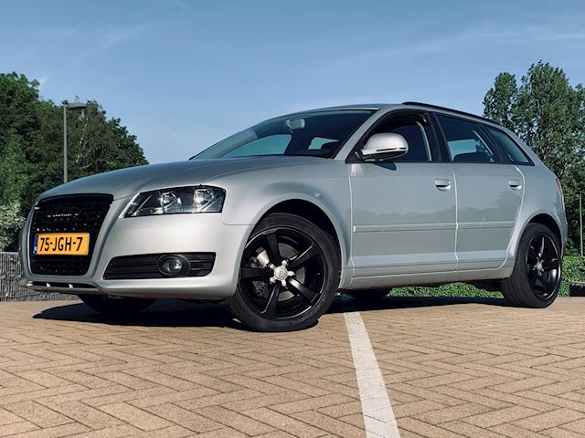Audi A3 Sportback 1.8 TFSI Attraction Business Edition