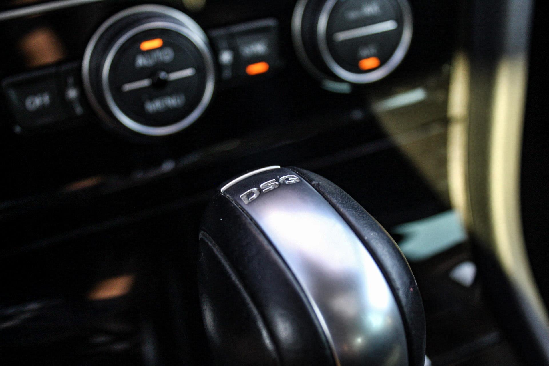 Volkswagen Golf occasion - W de Jong Auto's