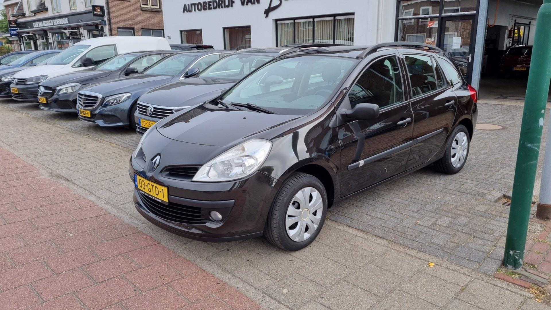 Renault Clio Estate occasion - Autobedrijf van Burken