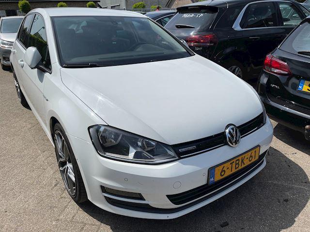 Volkswagen Golf 1.6 TDI Highline BlueMotion