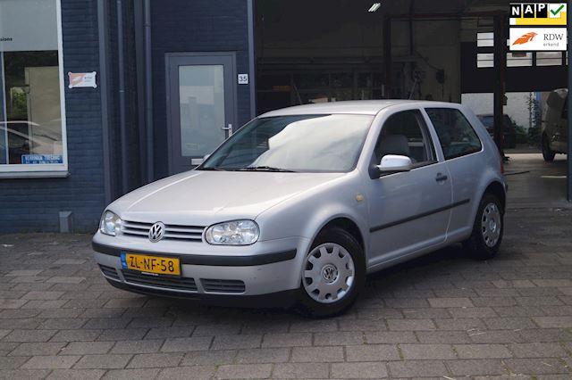 Volkswagen Golf 1.4-16V Trendline | Nieuwe APK | N.A.P