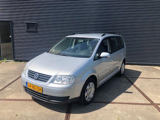 Volkswagen Touran 1.6-16V FSI CLIMA/ ZEER NETTE AUTO!