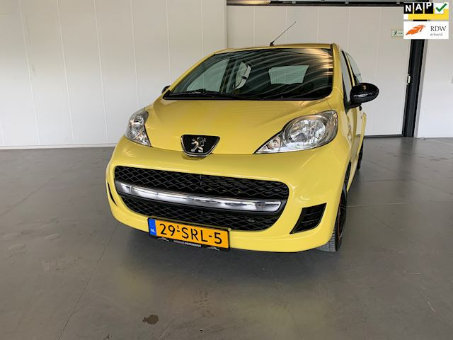 Peugeot 107 Airco, 5deurs, carkit, NAP, bluetooth, volledig onderhoud!