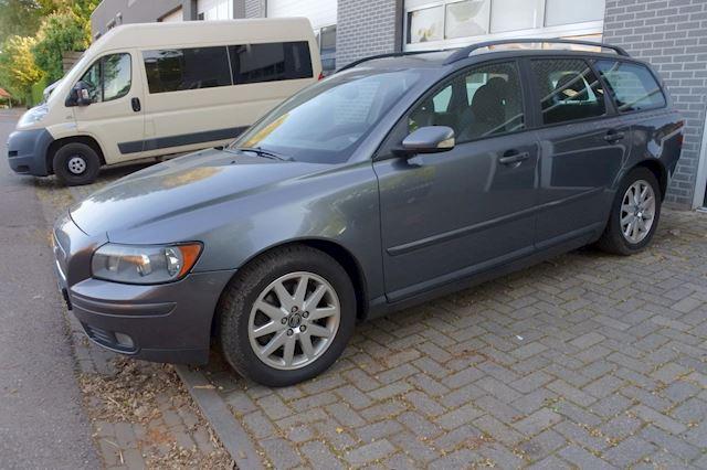 Volvo V50 2.0D Momentum nw apk 17-07-2022 , trekhaak enz.