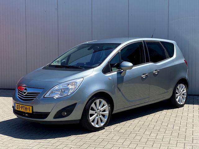Opel Meriva 1.4 Turbo Cosmo, Navigatie, Half Leder, pdc, Cruise,   Volledig OPEL dealer onderhouden.