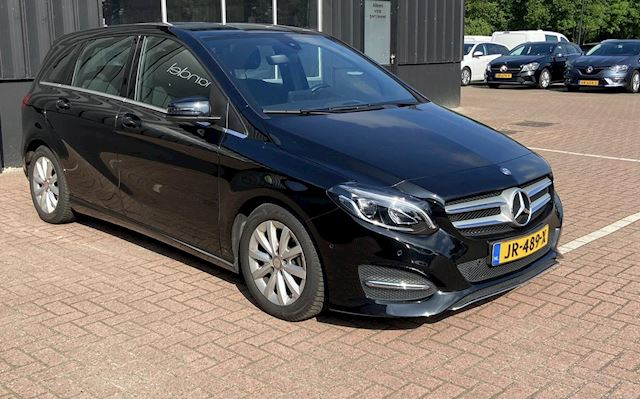 Mercedes-Benz B-klasse 180 d Lease Edition Ambition NL.Auto/Xenon/Cruise/Navigatie/1Ste Eigenaar