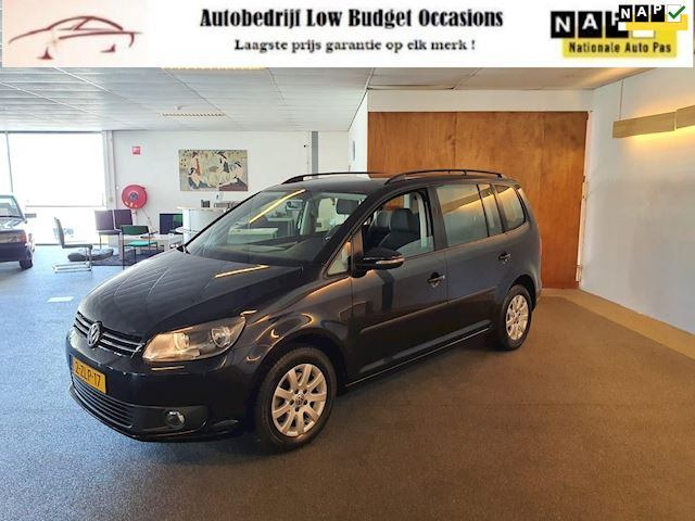 Volkswagen Touran 1.6 TDI Comfortline BlueMotion 7p.Apk Nieuw,Automaat,Clima,Cruise,Navi,Pdc,N.A.P,Zeer Nette staat!!