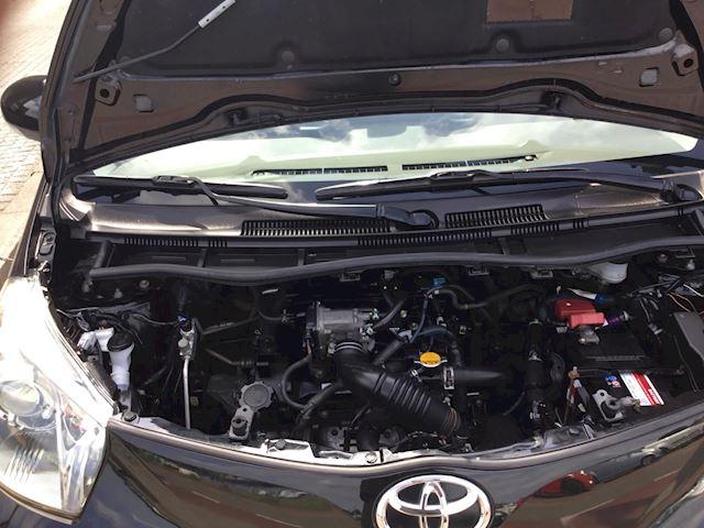 Toyota IQ 1.0 VVTi Aspiration airco