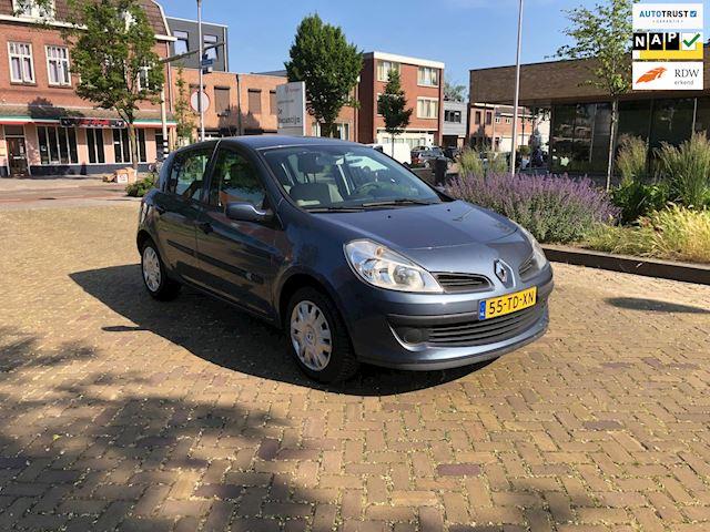 Renault Clio 1.4-16V Dynamique