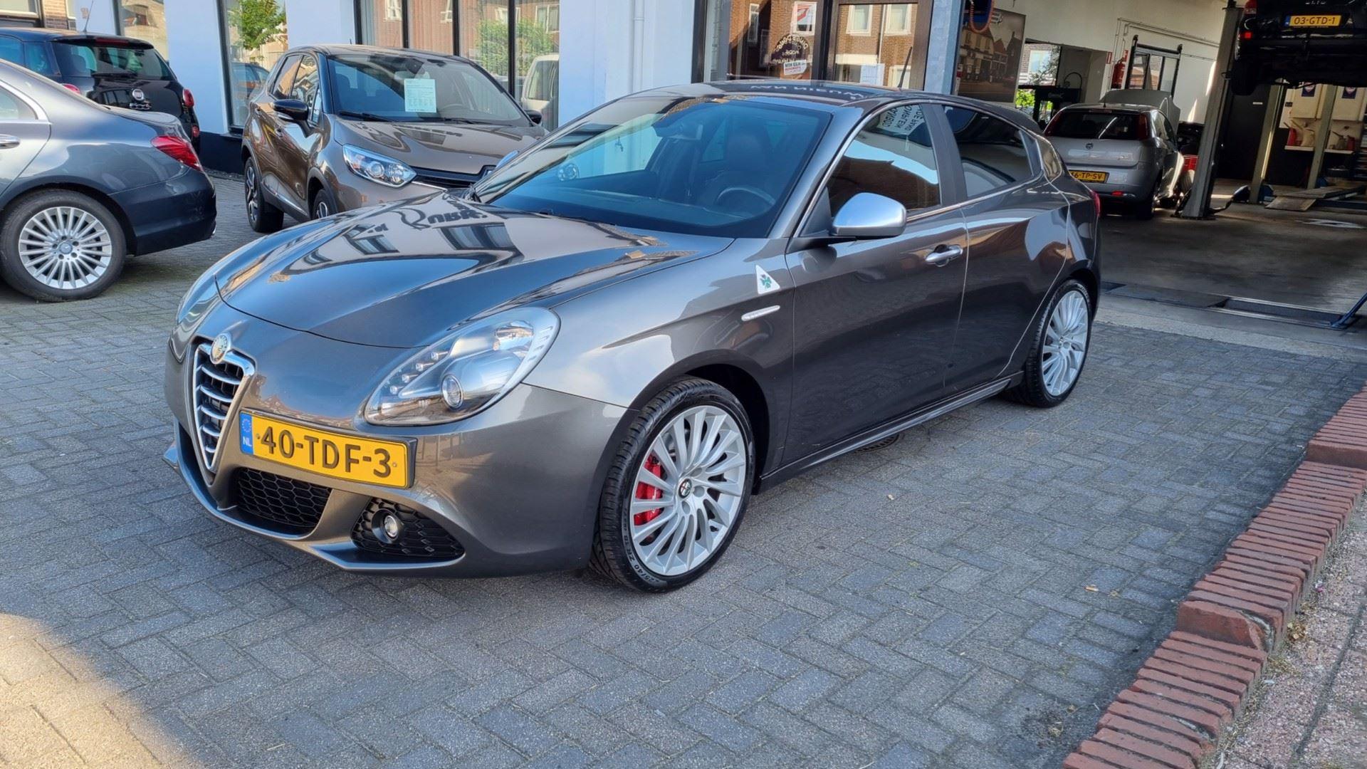 Alfa Romeo Giulietta occasion - Autobedrijf van Burken