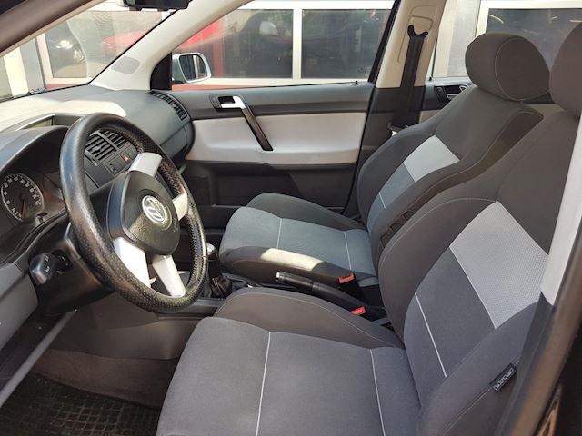 Volkswagen Polo 1.4-16V Cross FUN