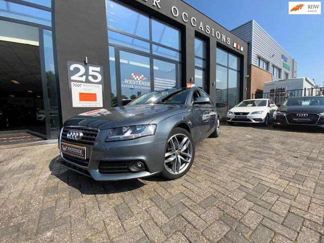 Audi A4 Avant 2.0 TDI Business Edition AUTOMAAT NAVI ACHTERUITRIJCAMERA TREKHAAK