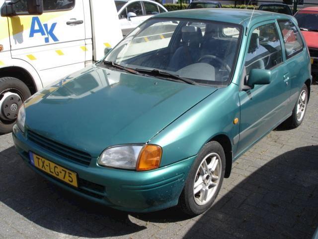 Toyota Starlet 1.3-16V Blue