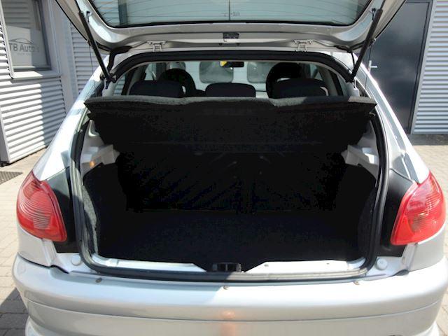 Peugeot 206 1.6-16V Air-line 3 ! AUTOMAAT / AIRCO /