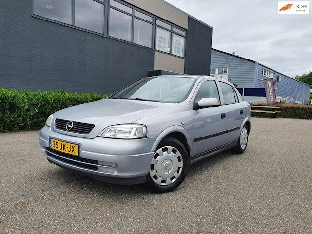 Opel Astra 1.6-16V Edition/APK 14-05-2022/AIRCO GOED WERKEND/ 2 X SLEUTELS/BOEKJES