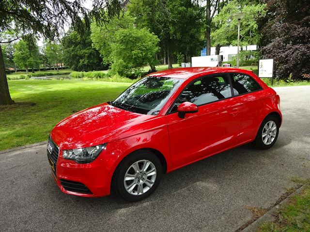Audi A1 1.2 TFSI Attraction Pro Line Business